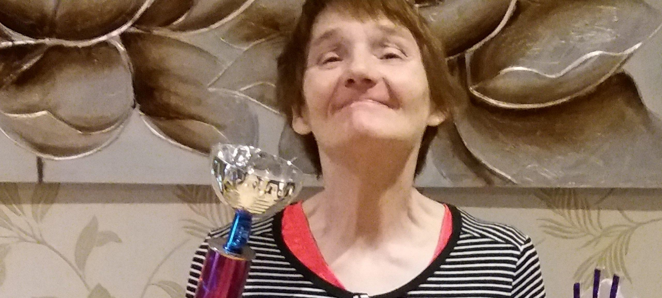 Linda Wins Ladies Dart Championship